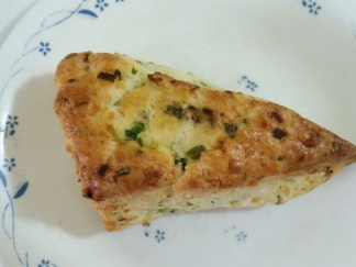 Cheddar & Green Onion Scone