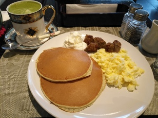 Matcha Latte & Breakfast B